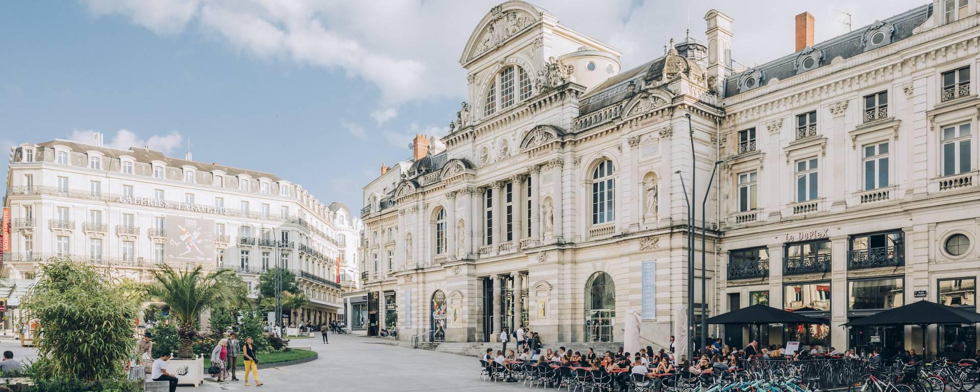 Grand théâtre d'Angers, place du Ralliement © Romain Bassenne