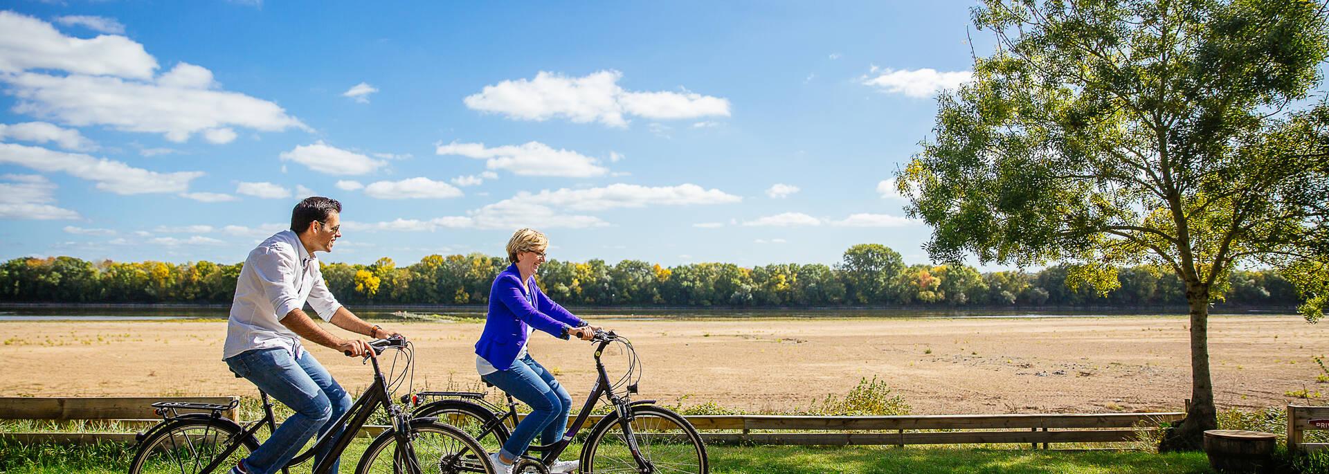 Au fil de la Loire à vélo © les conteurs