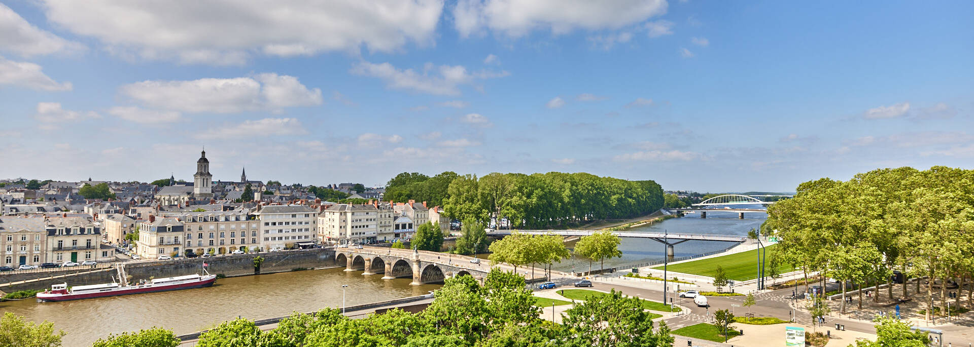 Vue sur Angers depuis les Salons Donadieu
