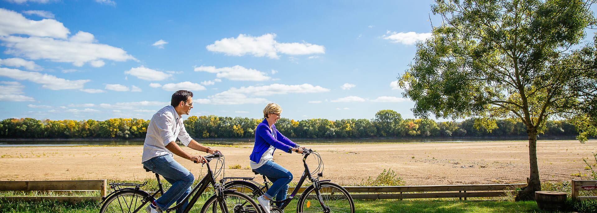 Itinerarios y circuitos para bicicletas en angerss © les conteurs