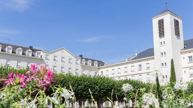 Group accommodation in Angers