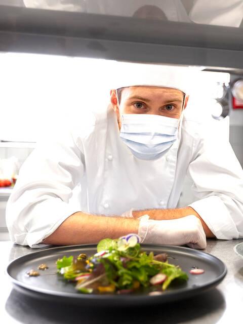 Cuisinier d'un restaurant