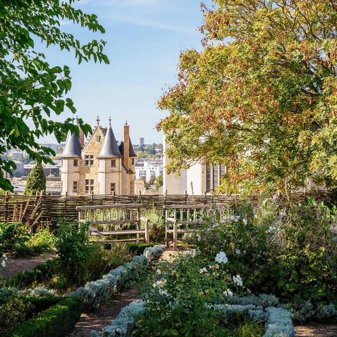 Jardines del Castillo de Angers © les conteurs