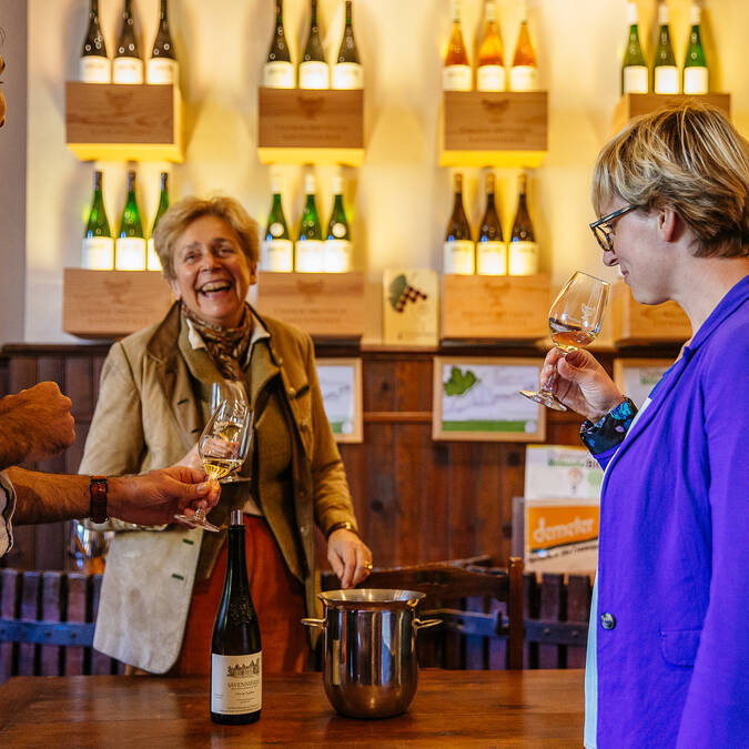 Wine tasting at Domaine du Closel - Savennières © Les Conteurs