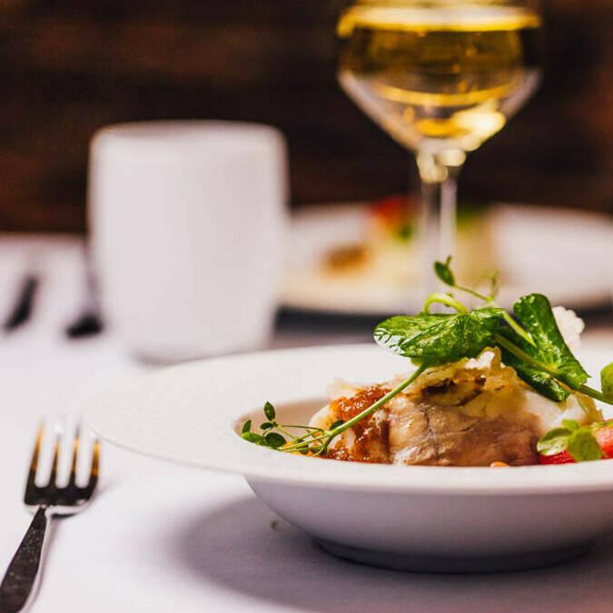 Dîner en tête à tête au restaurant gastronomique Le XVIIème