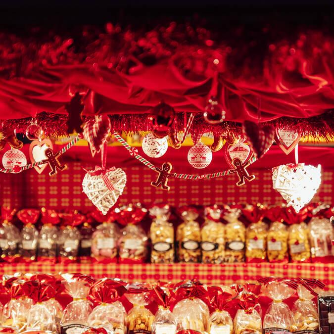 Chalet du marché de Noël ©Christophe Martin