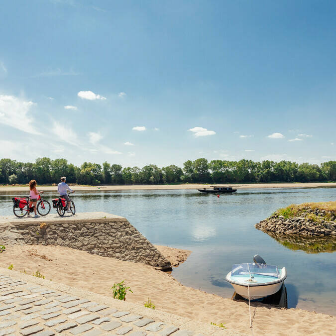 Découverte du paysage à vélo en amoureux